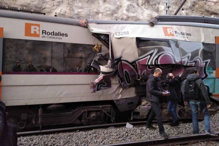 choque-de-trenes-en-barcelona.jpg