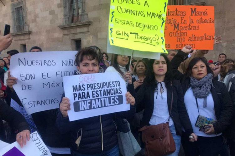 protesta-en-palacio-nacional.jpg