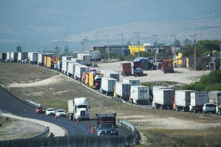 trailer-carretera-trafico.jpg