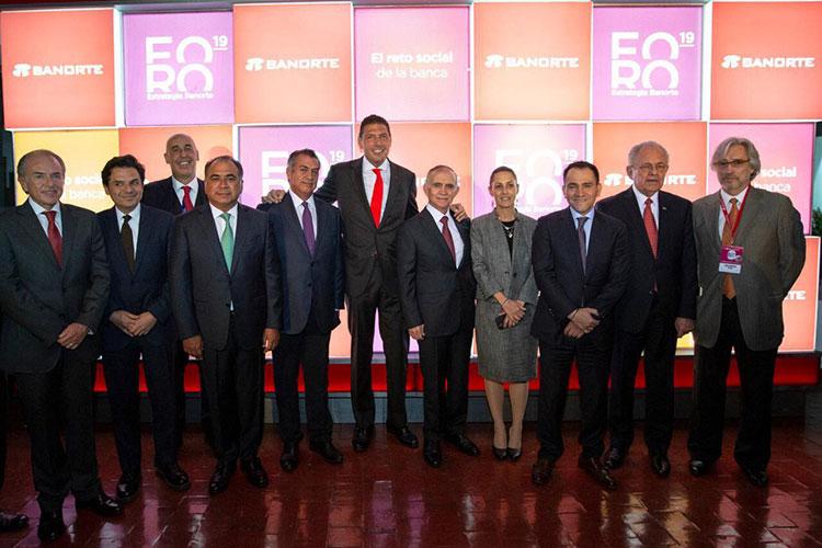 gobernadores-foro-empresarial.jpg