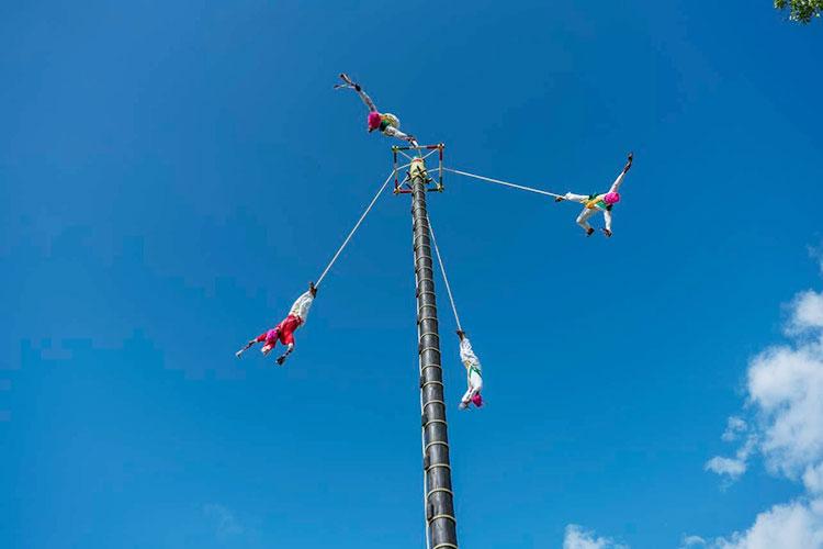 Voladores-de-Tamaletom.jpg
