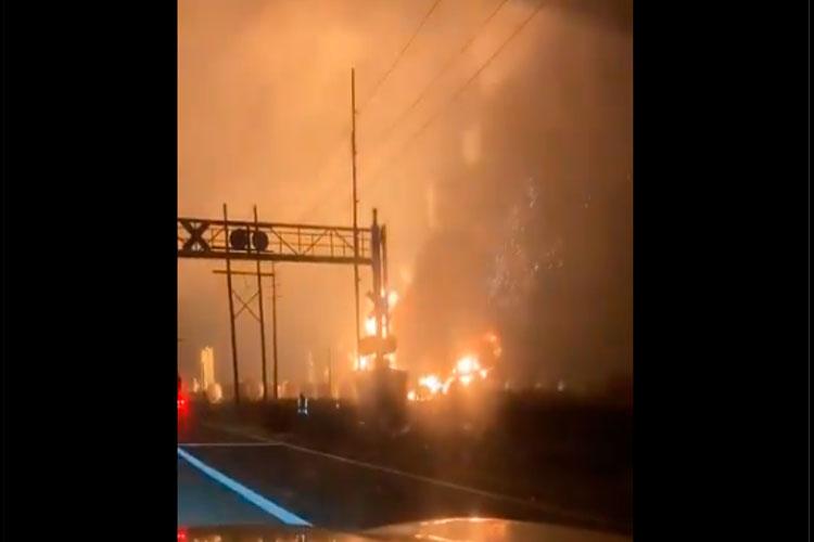 explosion-en-planta-quimica-en-texas.jpg