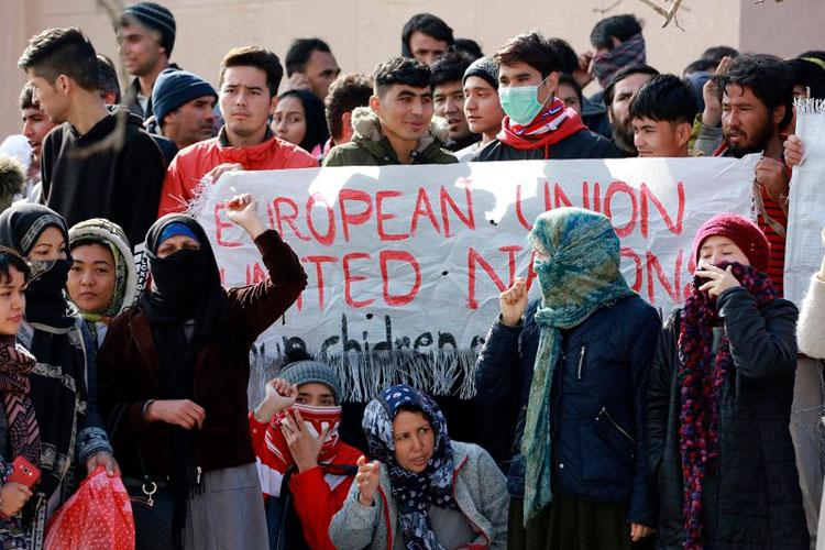 manifestantes-en-grecia.jpg
