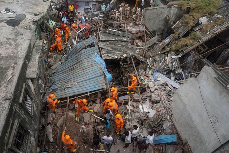 derrumbe-de-edificio-en-india.jpg