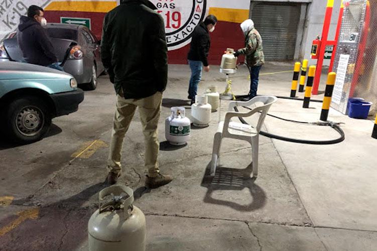 filas-ara-comprar-gas.jpg