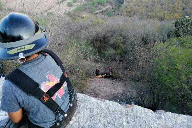 rescatistas-rescatan-cuerpo-en-rio-verde.jpg